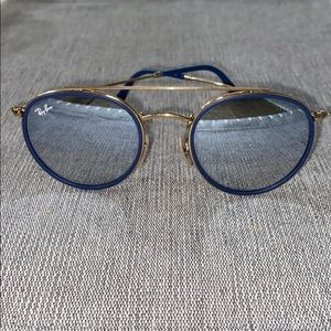 Ray-Ban gold rimmed blue accent sunnies